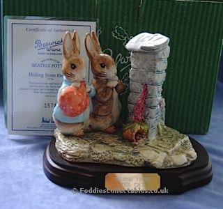 Beswick Beatrix Potter Hiding The Cat quality figurine