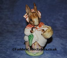 Beswick Beatrix Potter Mrs Rabbit quality figurine
