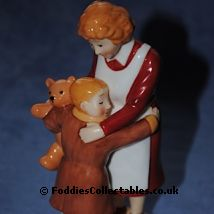 Coalport Snowman Hug For Mum2 quality figurine